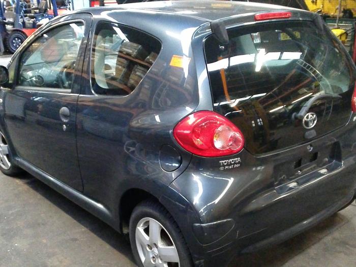 Toyota Aygo (B10) 1.0 12V VVT-i LPG (klik op de afbeelding voor de volgende foto)