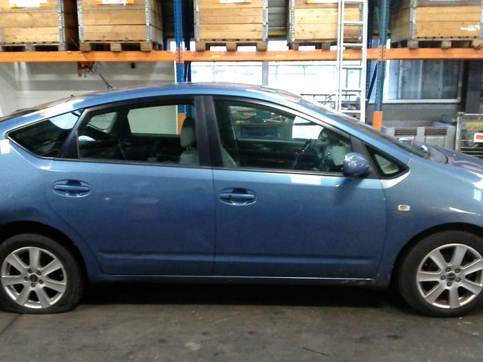 Toyota Prius (NHW20) 1.5 16V (Klicken Sie auf das Bild für das nächste Foto)  (Klicken Sie auf das Bild für das nächste Foto)  (Klicken Sie auf das Bild für das nächste Foto)  (Klicken Sie auf das Bild für das nächste Foto)