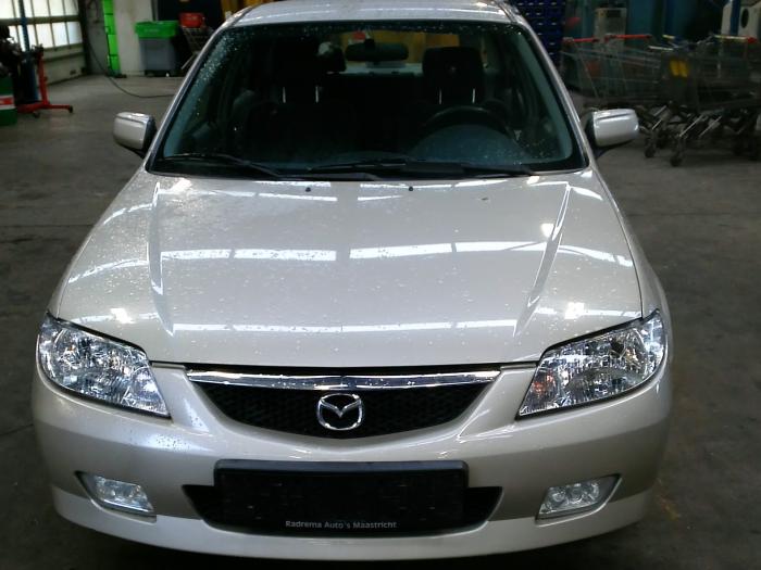 Mazda 323 (BJ12) 1.6 16V (klik op de afbeelding voor de volgende foto)  (klik op de afbeelding voor de volgende foto)  (klik op de afbeelding voor de volgende foto)  (klik op de afbeelding voor de volgende foto)  (klik op de afbeelding voor de volgende foto)  (klik op de afbeelding voor de volgende foto)