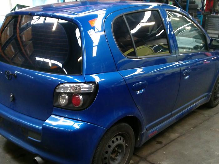 Toyota Yaris (P1) 1.5 T Sport 16V VVT-i (klik op de afbeelding voor de volgende foto)  (klik op de afbeelding voor de volgende foto)  (klik op de afbeelding voor de volgende foto)