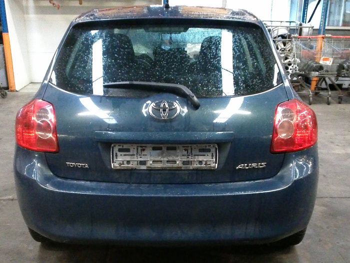 Toyota Auris (E15) 1.33 Dual VVT-I 16V (Klicken Sie auf das Bild für das nächste Foto)  (Klicken Sie auf das Bild für das nächste Foto)