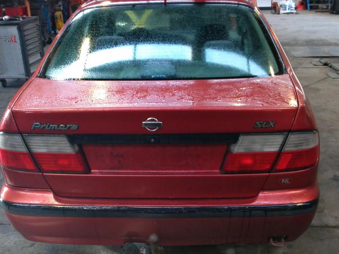 Nissan Primera (P11) 2.0 SRi 16V (klik op de afbeelding voor de volgende foto)  (klik op de afbeelding voor de volgende foto)