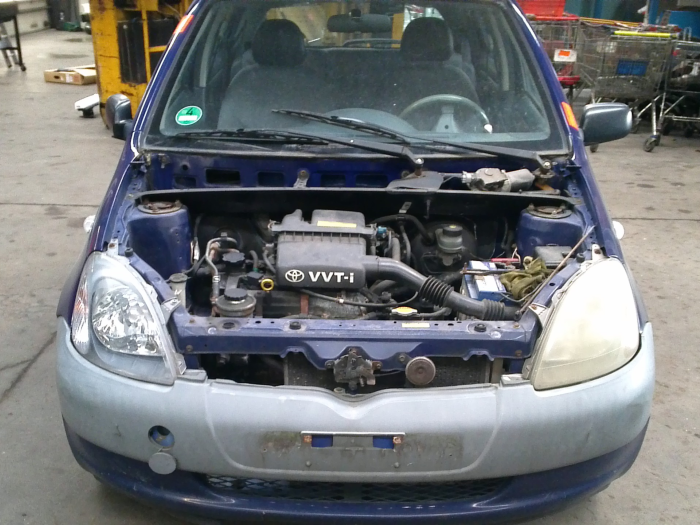 Toyota Yaris (P1) 1.0 16V VVT-i (klik op de afbeelding voor de volgende foto)  (klik op de afbeelding voor de volgende foto)  (klik op de afbeelding voor de volgende foto)  (klik op de afbeelding voor de volgende foto)  (klik op de afbeelding voor de volgende foto)  (klik op de afbeelding voor de volgende foto)