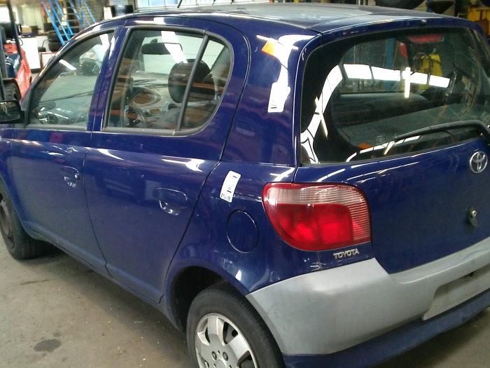 Toyota Yaris (P1) 1.0 16V VVT-i (klik op de afbeelding voor de volgende foto)