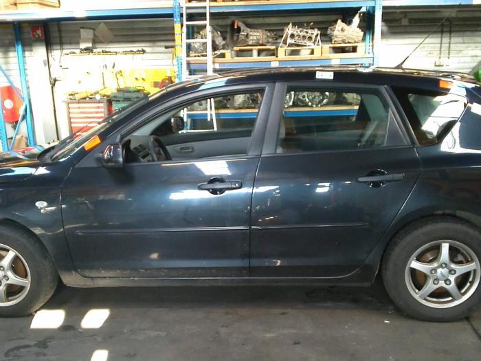 Mazda 3 Sport (BK14) 1.3i 16V (klik op de afbeelding voor de volgende foto)  (klik op de afbeelding voor de volgende foto)  (klik op de afbeelding voor de volgende foto)  (klik op de afbeelding voor de volgende foto)  (klik op de afbeelding voor de volgende foto)  (klik op de afbeelding voor de volgende foto)  (klik op de afbeelding voor de volgende foto)