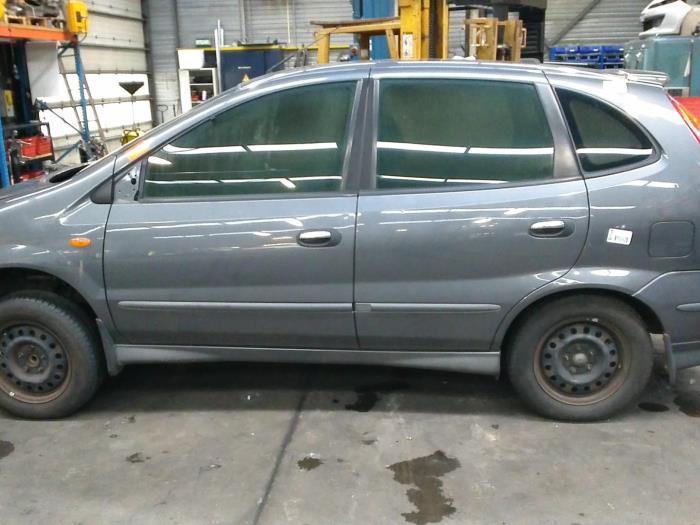 Nissan Almera Tino (V10M) 1.8 16V (klik op de afbeelding voor de volgende foto)  (klik op de afbeelding voor de volgende foto)  (klik op de afbeelding voor de volgende foto)  (klik op de afbeelding voor de volgende foto)  (klik op de afbeelding voor de volgende foto)  (klik op de afbeelding voor de volgende foto)  (klik op de afbeelding voor de volgende foto)