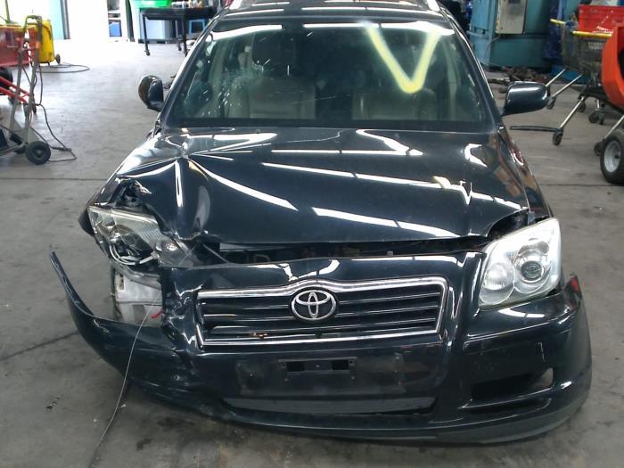 Toyota Avensis Wagon (T25/B1E) 2.0 16V D-4D (klik op de afbeelding voor de volgende foto)  (klik op de afbeelding voor de volgende foto)  (klik op de afbeelding voor de volgende foto)  (klik op de afbeelding voor de volgende foto)  (klik op de afbeelding voor de volgende foto)  (klik op de afbeelding voor de volgende foto)