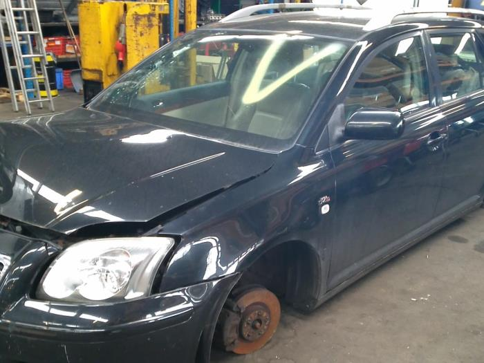 Toyota Avensis Wagon (T25/B1E) 2.0 16V D-4D (klik op de afbeelding voor de volgende foto)  (klik op de afbeelding voor de volgende foto)  (klik op de afbeelding voor de volgende foto)  (klik op de afbeelding voor de volgende foto)  (klik op de afbeelding voor de volgende foto)  (klik op de afbeelding voor de volgende foto)  (klik op de afbeelding voor de volgende foto)  (klik op de afbeelding voor de volgende foto)