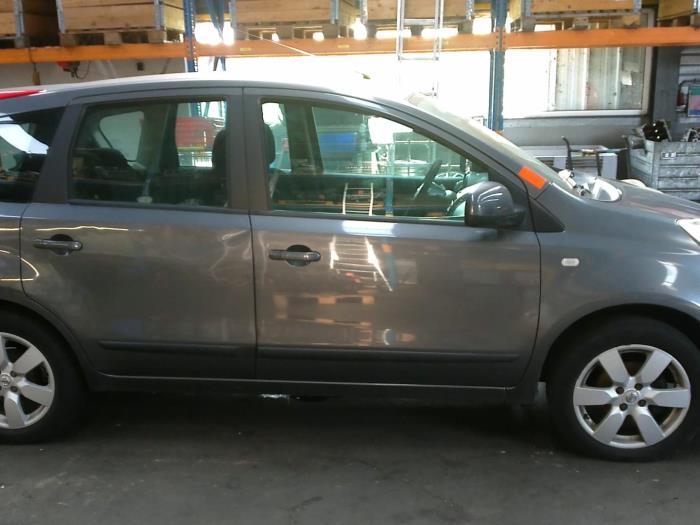 Nissan Note (E11) 1.5 dCi 68 (klik op de afbeelding voor de volgende foto)  (klik op de afbeelding voor de volgende foto)  (klik op de afbeelding voor de volgende foto)  (klik op de afbeelding voor de volgende foto)