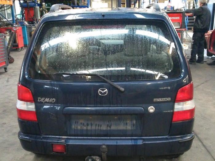 Mazda Demio 1.3 16V (klik op de afbeelding voor de volgende foto)  (klik op de afbeelding voor de volgende foto)