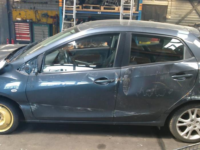 Mazda 2 (DE) 1.3 16V S-VT High Power (klik op de afbeelding voor de volgende foto)  (klik op de afbeelding voor de volgende foto)  (klik op de afbeelding voor de volgende foto)  (klik op de afbeelding voor de volgende foto)  (klik op de afbeelding voor de volgende foto)  (klik op de afbeelding voor de volgende foto)  (klik op de afbeelding voor de volgende foto)