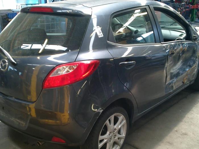 Mazda 2 (DE) 1.3 16V S-VT High Power (klik op de afbeelding voor de volgende foto)  (klik op de afbeelding voor de volgende foto)  (klik op de afbeelding voor de volgende foto)