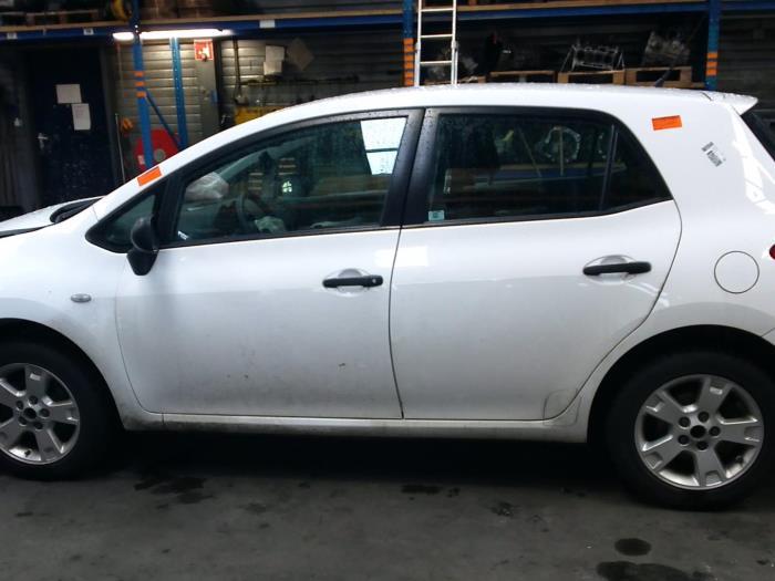 Toyota Auris (E15) 1.33 Dual VVT-I 16V (klik op de afbeelding voor de volgende foto)  (klik op de afbeelding voor de volgende foto)  (klik op de afbeelding voor de volgende foto)  (klik op de afbeelding voor de volgende foto)  (klik op de afbeelding voor de volgende foto)  (klik op de afbeelding voor de volgende foto)  (klik op de afbeelding voor de volgende foto)