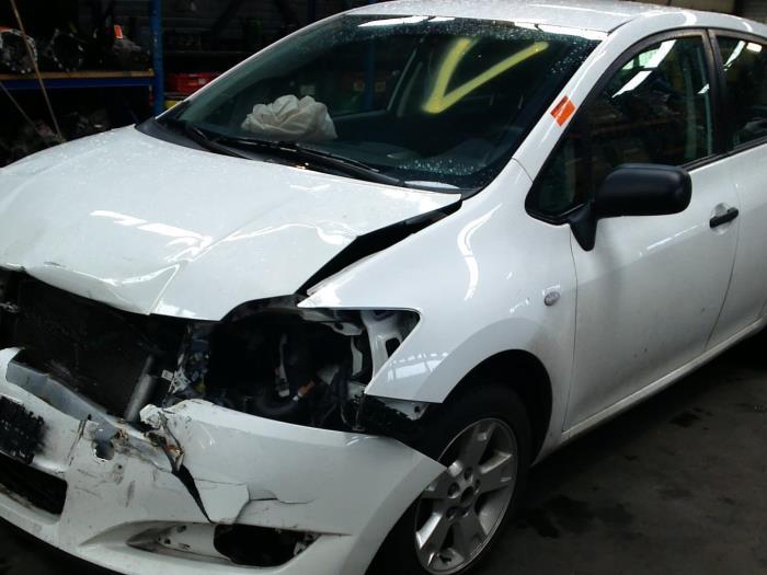 Toyota Auris (E15) 1.33 Dual VVT-I 16V (klik op de afbeelding voor de volgende foto)  (klik op de afbeelding voor de volgende foto)  (klik op de afbeelding voor de volgende foto)  (klik op de afbeelding voor de volgende foto)  (klik op de afbeelding voor de volgende foto)  (klik op de afbeelding voor de volgende foto)  (klik op de afbeelding voor de volgende foto)  (klik op de afbeelding voor de volgende foto)