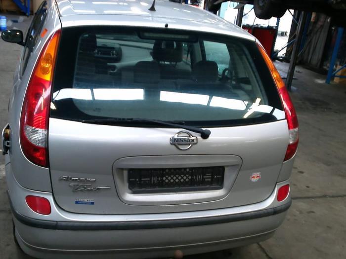 Nissan Almera Tino (V10M) 1.8 16V (klik op de afbeelding voor de volgende foto)  (klik op de afbeelding voor de volgende foto)