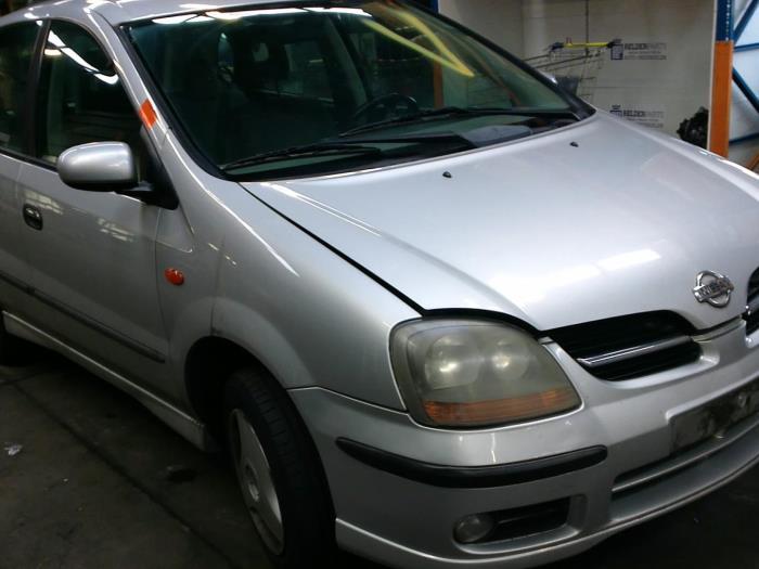 Nissan Almera Tino (V10M) 1.8 16V (klik op de afbeelding voor de volgende foto)  (klik op de afbeelding voor de volgende foto)  (klik op de afbeelding voor de volgende foto)  (klik op de afbeelding voor de volgende foto)  (klik op de afbeelding voor de volgende foto)