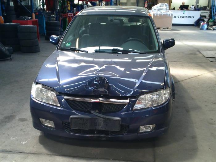 Mazda 323 Fastbreak (BJ14) 2.0 16V 2001 Uitlaat gasklep (EGR) (klik op de afbeelding voor de volgende foto)