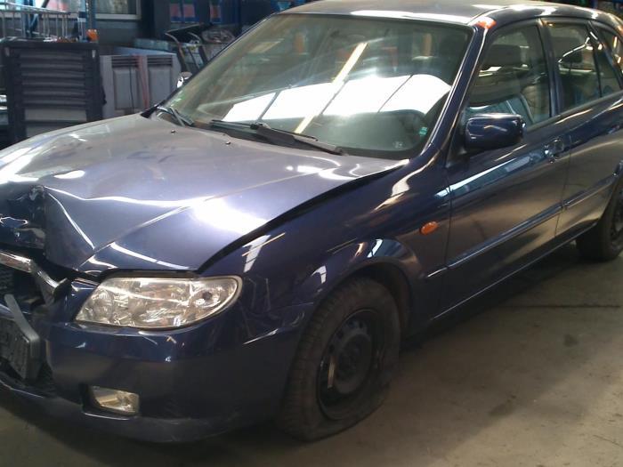 Mazda 323 Fastbreak (BJ14) 2.0 16V (klik op de afbeelding voor de volgende foto)  (klik op de afbeelding voor de volgende foto)  (klik op de afbeelding voor de volgende foto)  (klik op de afbeelding voor de volgende foto)  (klik op de afbeelding voor de volgende foto)  (klik op de afbeelding voor de volgende foto)  (klik op de afbeelding voor de volgende foto)  (klik op de afbeelding voor de volgende foto)
