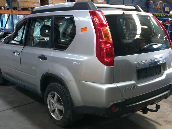 Nissan X-Trail (T31) 2.0 XE,SE,LE dCi 16V 4x2 (Klicken Sie auf das Bild für das nächste Foto)