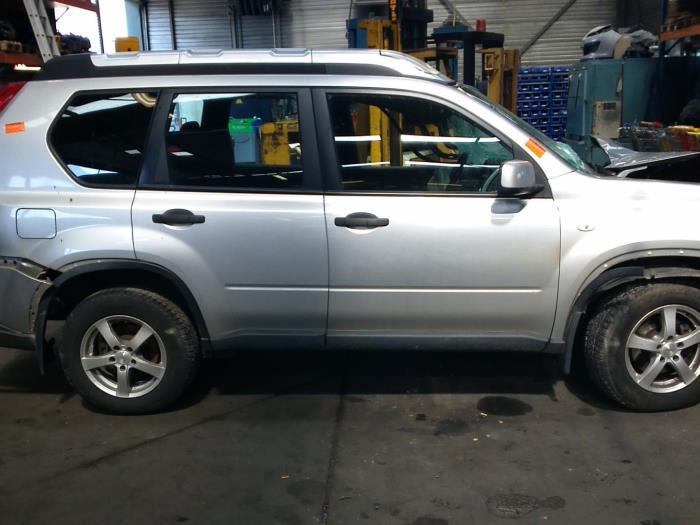 Nissan X-Trail (T31) 2.0 XE,SE,LE dCi 16V 4x2 (klik op de afbeelding voor de volgende foto)  (klik op de afbeelding voor de volgende foto)  (klik op de afbeelding voor de volgende foto)  (klik op de afbeelding voor de volgende foto)