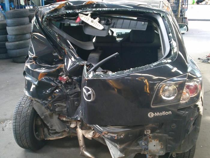 Mazda 3 (BK12) 1.6 MZ-CD 16V (Klicken Sie auf das Bild für das nächste Foto)  (Klicken Sie auf das Bild für das nächste Foto)