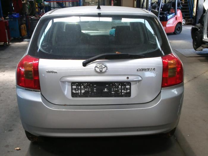 Toyota Corolla (E12) 1.4 16V VVT-i (klik op de afbeelding voor de volgende foto)  (klik op de afbeelding voor de volgende foto)