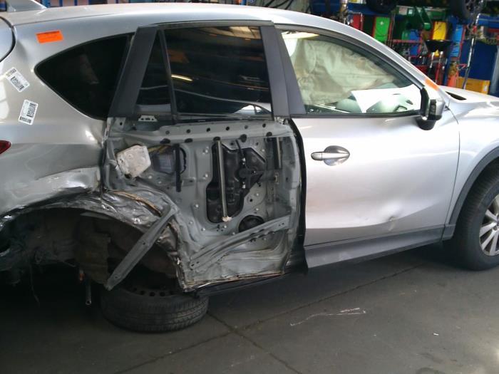 Mazda CX-5 (KE,GH) 2.2 SkyActiv-D 16V 2WD (klik op de afbeelding voor de volgende foto)  (klik op de afbeelding voor de volgende foto)  (klik op de afbeelding voor de volgende foto)  (klik op de afbeelding voor de volgende foto)