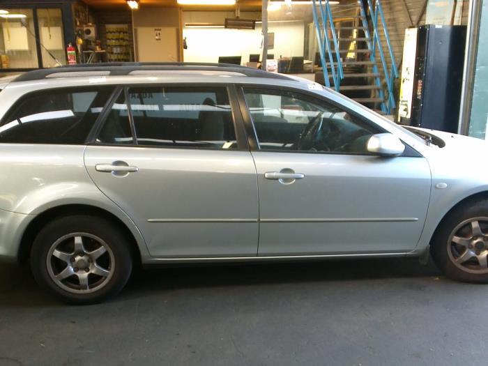 Mazda 6 Sportbreak (GY19/89) 2.0i 16V (klik op de afbeelding voor de volgende foto)  (klik op de afbeelding voor de volgende foto)  (klik op de afbeelding voor de volgende foto)  (klik op de afbeelding voor de volgende foto)