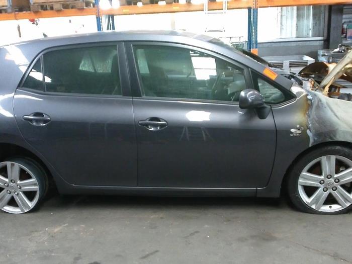 Toyota Auris (E15) 2.2 D-CAT 16V (klik op de afbeelding voor de volgende foto)  (klik op de afbeelding voor de volgende foto)  (klik op de afbeelding voor de volgende foto)  (klik op de afbeelding voor de volgende foto)