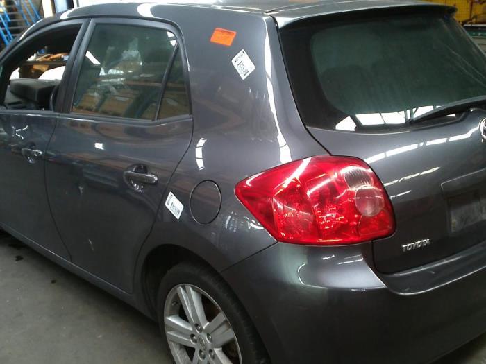 Toyota Auris (E15) 2.2 D-CAT 16V (klik op de afbeelding voor de volgende foto)