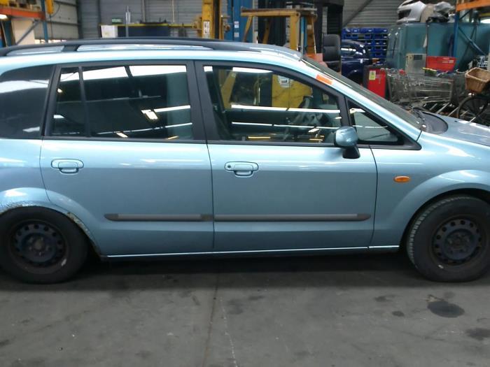 Mazda Premacy 2.0 DiTD 16V (klik op de afbeelding voor de volgende foto)  (klik op de afbeelding voor de volgende foto)  (klik op de afbeelding voor de volgende foto)  (klik op de afbeelding voor de volgende foto)