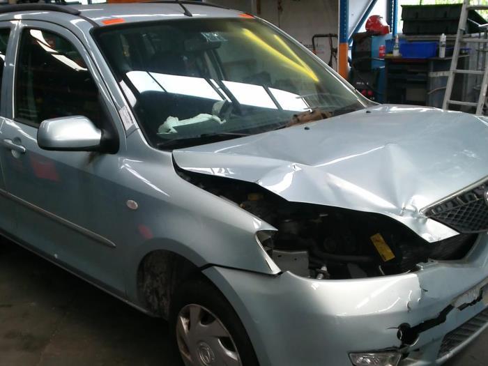 Mazda 2 (NB/NC/ND/NE) 1.4 16V (klik op de afbeelding voor de volgende foto)  (klik op de afbeelding voor de volgende foto)  (klik op de afbeelding voor de volgende foto)  (klik op de afbeelding voor de volgende foto)  (klik op de afbeelding voor de volgende foto)