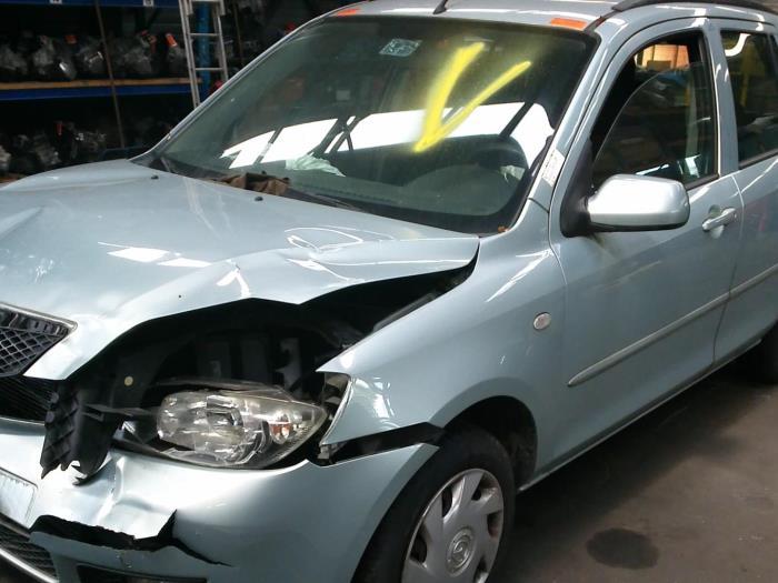 Mazda 2 (NB/NC/ND/NE) 1.4 16V (klik op de afbeelding voor de volgende foto)  (klik op de afbeelding voor de volgende foto)  (klik op de afbeelding voor de volgende foto)  (klik op de afbeelding voor de volgende foto)  (klik op de afbeelding voor de volgende foto)  (klik op de afbeelding voor de volgende foto)  (klik op de afbeelding voor de volgende foto)  (klik op de afbeelding voor de volgende foto)