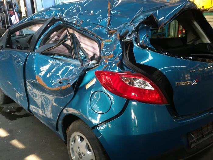 Mazda 2 (DE) 1.3 16V GT BiFuel (klik op de afbeelding voor de volgende foto)