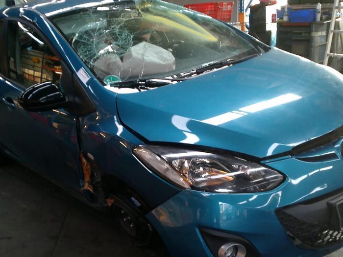 Mazda 2 (DE) 1.3 16V GT BiFuel (klik op de afbeelding voor de volgende foto)  (klik op de afbeelding voor de volgende foto)  (klik op de afbeelding voor de volgende foto)  (klik op de afbeelding voor de volgende foto)  (klik op de afbeelding voor de volgende foto)