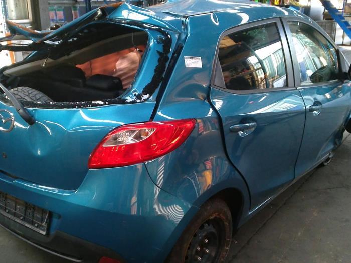 Mazda 2 (DE) 1.3 16V GT BiFuel (klik op de afbeelding voor de volgende foto)  (klik op de afbeelding voor de volgende foto)  (klik op de afbeelding voor de volgende foto)