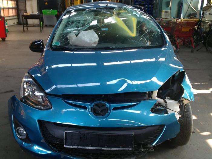 Mazda 2 (DE) 1.3 16V GT BiFuel (klik op de afbeelding voor de volgende foto)  (klik op de afbeelding voor de volgende foto)  (klik op de afbeelding voor de volgende foto)  (klik op de afbeelding voor de volgende foto)  (klik op de afbeelding voor de volgende foto)  (klik op de afbeelding voor de volgende foto)