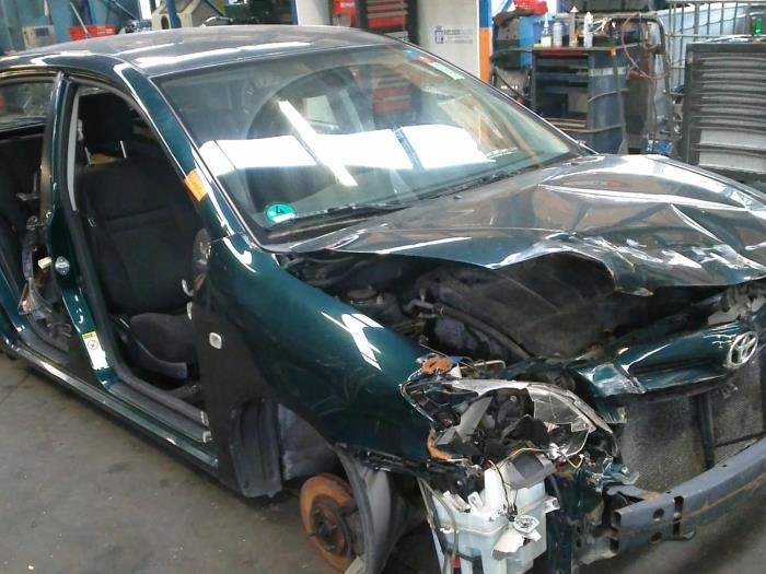 Toyota Corolla (E12) 1.4 D-4D 16V (klik op de afbeelding voor de volgende foto)  (klik op de afbeelding voor de volgende foto)  (klik op de afbeelding voor de volgende foto)  (klik op de afbeelding voor de volgende foto)  (klik op de afbeelding voor de volgende foto)