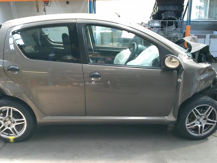Toyota Aygo (B10) 1.0 12V VVT-i (Klicken Sie auf das Bild für das nächste Foto)  (Klicken Sie auf das Bild für das nächste Foto)  (Klicken Sie auf das Bild für das nächste Foto)