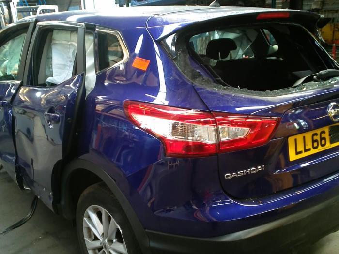 Nissan Qashqai (J11) 1.5 dCi DPF (klik op de afbeelding voor de volgende foto)