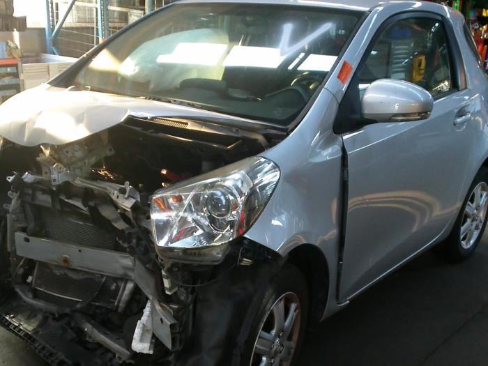 Toyota iQ 1.0 12V VVT-i (klik op de afbeelding voor de volgende foto)  (klik op de afbeelding voor de volgende foto)  (klik op de afbeelding voor de volgende foto)  (klik op de afbeelding voor de volgende foto)  (klik op de afbeelding voor de volgende foto)  (klik op de afbeelding voor de volgende foto)  (klik op de afbeelding voor de volgende foto)  (klik op de afbeelding voor de volgende foto)  (klik op de afbeelding voor de volgende foto)