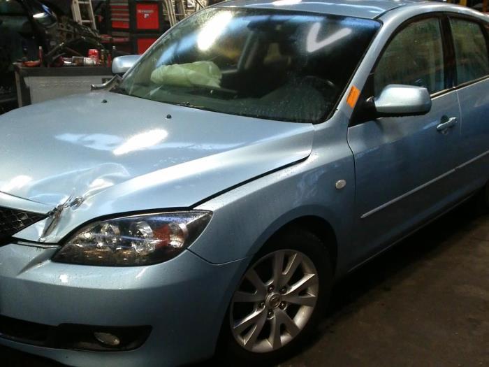 Mazda 3 Sport (BK14) 1.6i 16V (klik op de afbeelding voor de volgende foto)  (klik op de afbeelding voor de volgende foto)  (klik op de afbeelding voor de volgende foto)  (klik op de afbeelding voor de volgende foto)  (klik op de afbeelding voor de volgende foto)  (klik op de afbeelding voor de volgende foto)  (klik op de afbeelding voor de volgende foto)