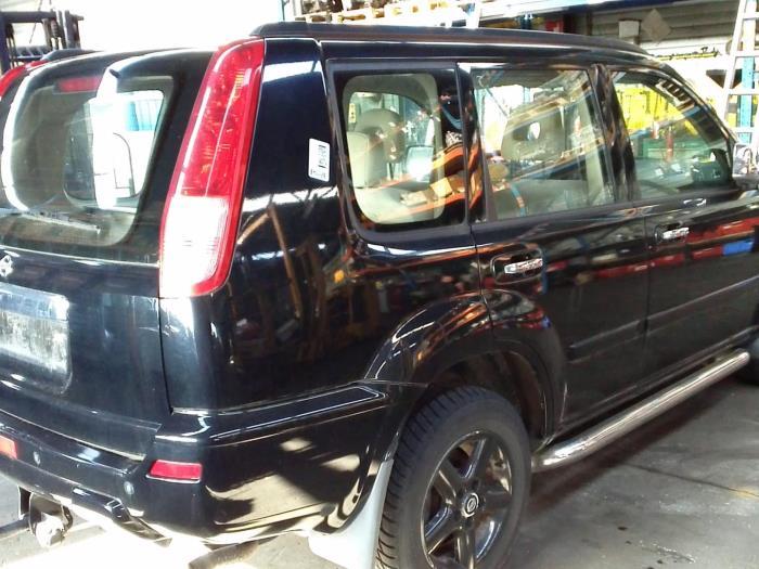 Nissan X-Trail (T30) 2.5 16V 4x4 (klik op de afbeelding voor de volgende foto)  (klik op de afbeelding voor de volgende foto)  (klik op de afbeelding voor de volgende foto)
