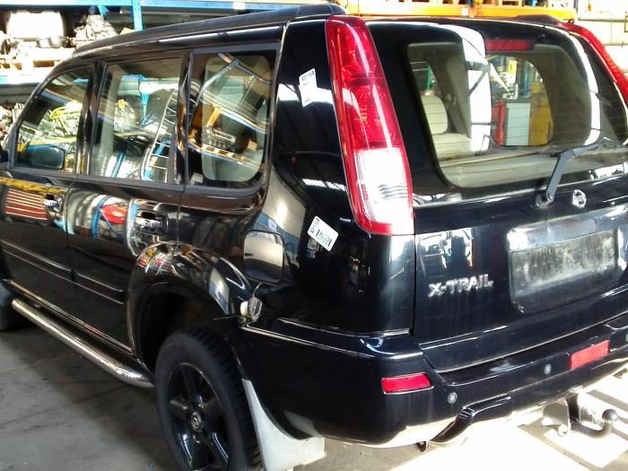 Nissan X-Trail (T30) 2.5 16V 4x4 (klik op de afbeelding voor de volgende foto)