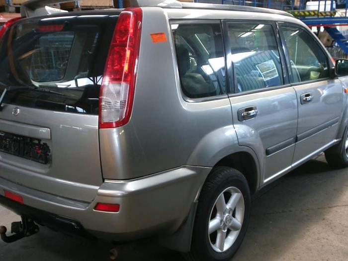 Nissan X-Trail (T30) 2.0 16V 4x4 (klik op de afbeelding voor de volgende foto)  (klik op de afbeelding voor de volgende foto)  (klik op de afbeelding voor de volgende foto)