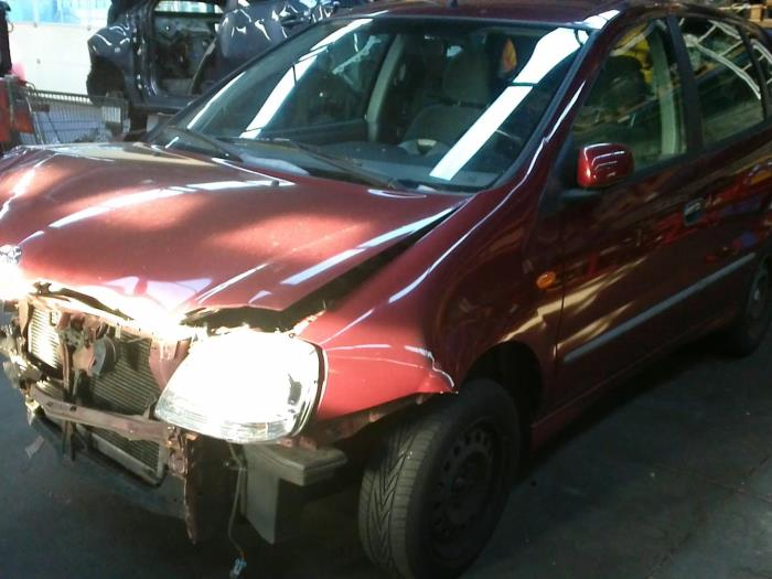 Nissan Almera Tino (V10M) 1.8 16V (klik op de afbeelding voor de volgende foto)  (klik op de afbeelding voor de volgende foto)  (klik op de afbeelding voor de volgende foto)  (klik op de afbeelding voor de volgende foto)  (klik op de afbeelding voor de volgende foto)  (klik op de afbeelding voor de volgende foto)  (klik op de afbeelding voor de volgende foto)  (klik op de afbeelding voor de volgende foto)