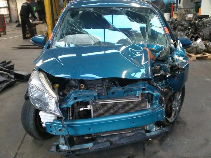 Toyota Yaris III (P13) 1.33 16V Dual VVT-I (klik op de afbeelding voor de volgende foto)  (klik op de afbeelding voor de volgende foto)  (klik op de afbeelding voor de volgende foto)  (klik op de afbeelding voor de volgende foto)  (klik op de afbeelding voor de volgende foto)  (klik op de afbeelding voor de volgende foto)