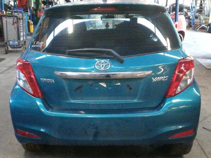 Toyota Yaris III (P13) 1.33 16V Dual VVT-I (klik op de afbeelding voor de volgende foto)  (klik op de afbeelding voor de volgende foto)