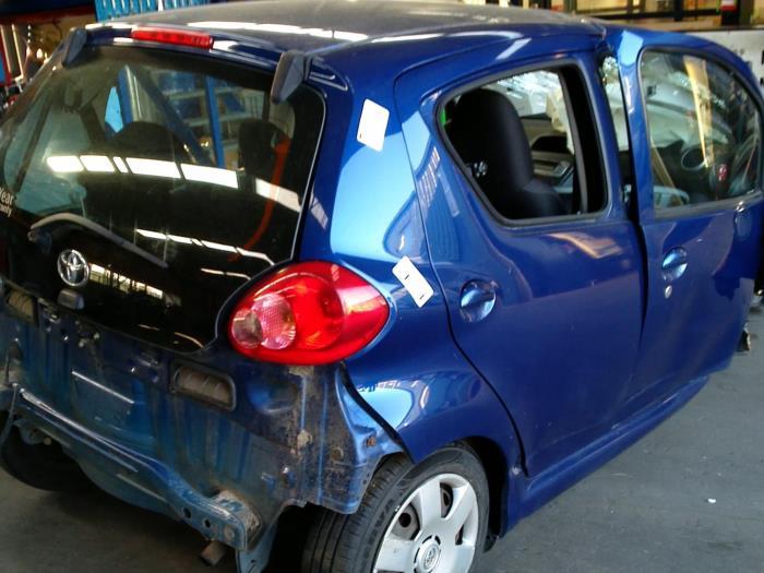 Toyota Aygo (B10) 1.4 HDI (klik op de afbeelding voor de volgende foto)  (klik op de afbeelding voor de volgende foto)  (klik op de afbeelding voor de volgende foto)