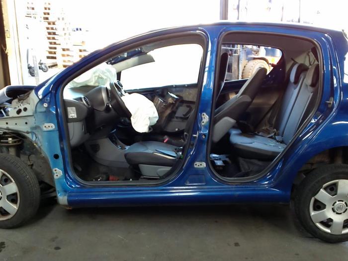 Toyota Aygo (B10) 1.4 HDI (klik op de afbeelding voor de volgende foto)  (klik op de afbeelding voor de volgende foto)  (klik op de afbeelding voor de volgende foto)  (klik op de afbeelding voor de volgende foto)  (klik op de afbeelding voor de volgende foto)  (klik op de afbeelding voor de volgende foto)  (klik op de afbeelding voor de volgende foto)